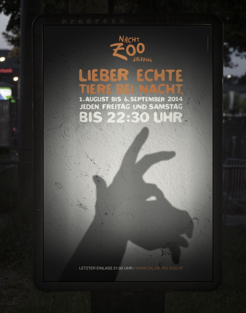 Nacht-Zoo Salzburg – Plakat mit Ziege