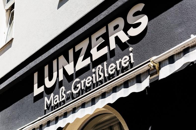 Lunzers Maß-Greißlerei Außen