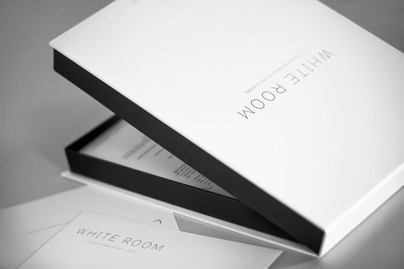White Room – Box
