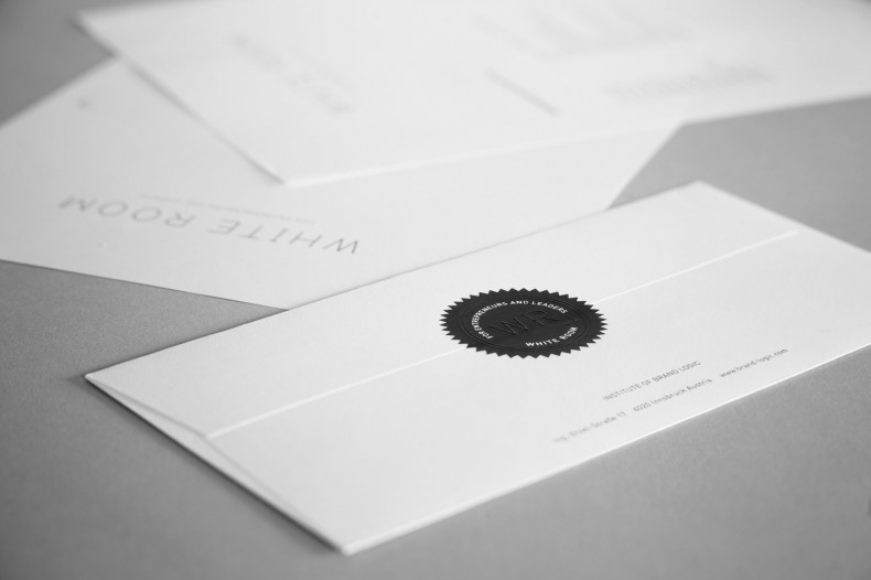 White Room – Briefpapier
