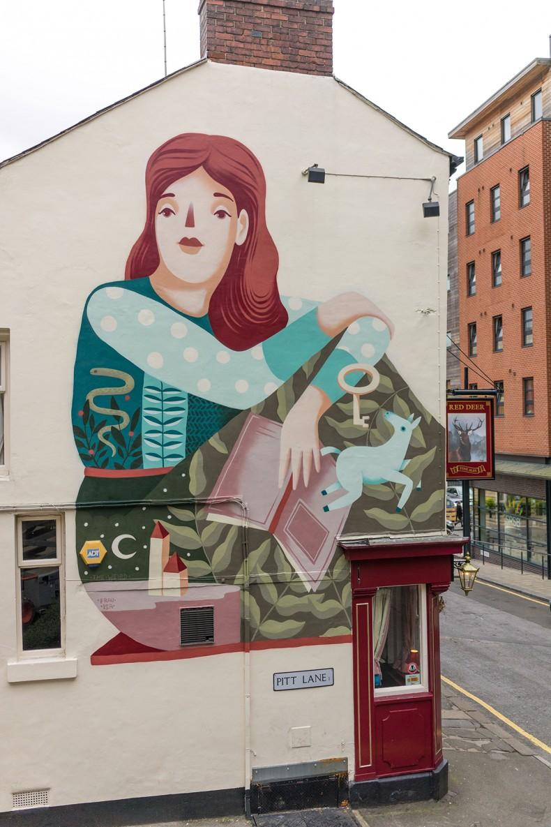 Frau Isa – Shefield Mural
